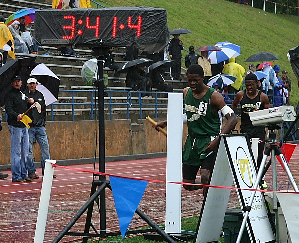 ... finish line costing the Green Wave a state title Image by ga.milesplit