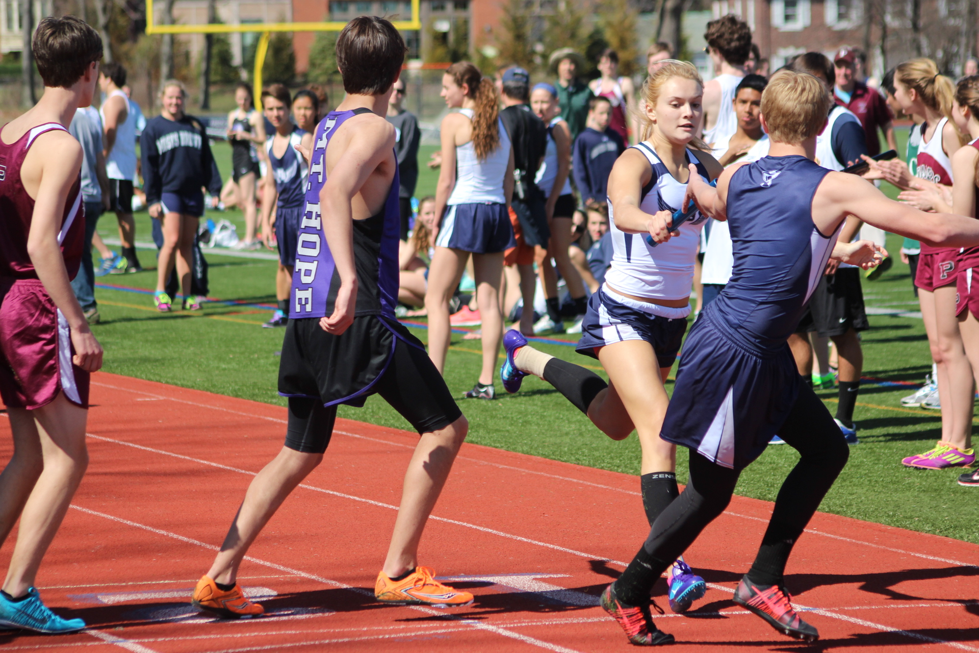 Sun shines brightly for inaugural Moses Brown Co-Ed Relays